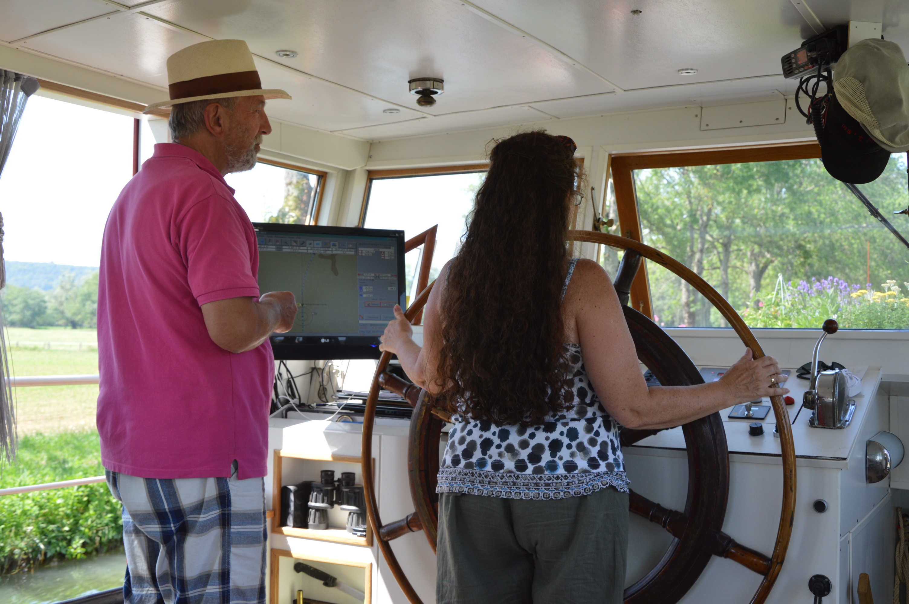 Lisette, with Michel, at the helm of 't Majeur