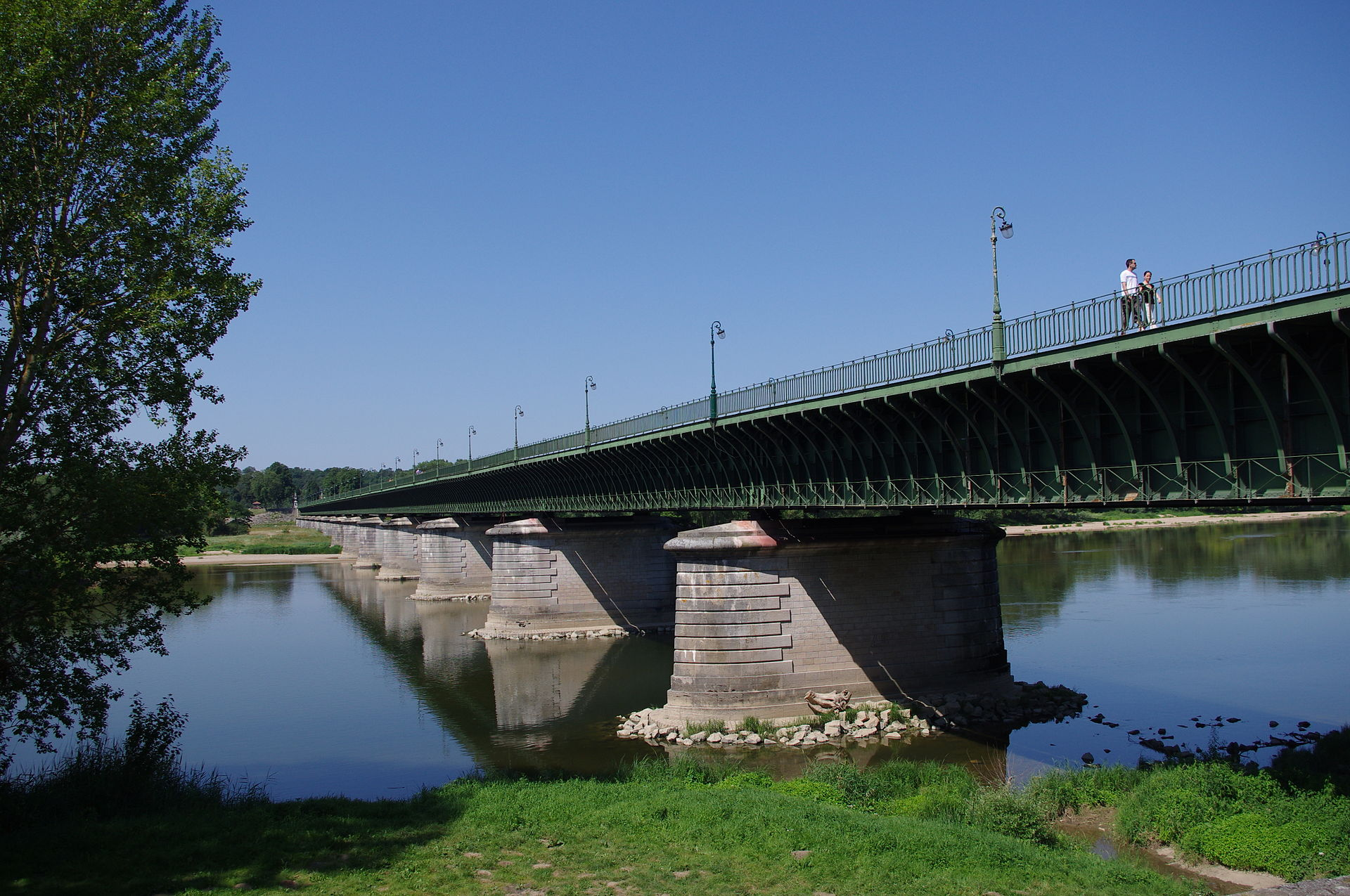 View of the bridge canal from the shore. It was the longest in the world until recently.