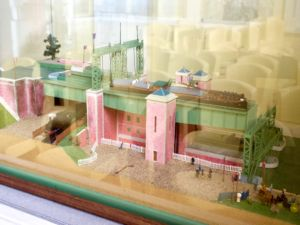 Model of the barge lift.